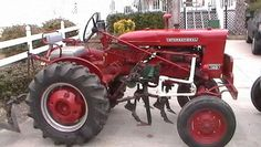 Allis Chalmers A Farmall Tractors, Old Tractors, Tractor Photos, Classic Tractor, Antique Tractors, International Harvester, Ih, Quilting, Tractor Senior Pictures