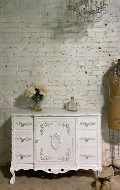 Painted Cottage Prairie Chic One of a Kind Vintage Buffet / Sideboard / Server SV672
