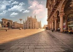 PIAZZA DUOMO, MILANO ! FANTASTICO #Milan #WorldsFair #Expo2015