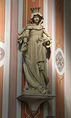 Saint Elisabeth of Hungary Saint Elizabeth Of Hungary, Holy Mary, Catholic Art, Religious Icons, Blessed Mother, Mother Mary, Our Lady, Madonna, Old Things