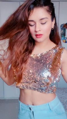 Cute Girl Poses, Cute Girls, Teen Celebrities, Celebs, Dance Like This, Indian Actress Hot Pics, Girl Trends, Stylish Girl Images, Weekend Outfit