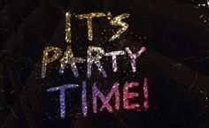 It's party time! Phyllis O'Neill, Ind SED, Thirty-One http://www.somanycutebags.com