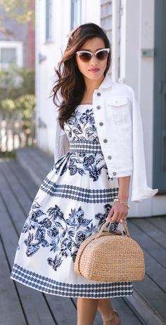 Love this blue and white midi dress!