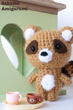Amigurumi Tanuki - Cane Procione -  Kawaii Plush - Giallo - Crochet - Uncinetto - Morbido- Carino -