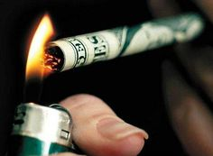 The cost of cigarettes is so high that smoking is like throwing money away Stop Smoking Aids, Ways To Stop Smoking, Quit Smoking Tips, Anti Smoking, Smoking Weed, Smoking Kills, Quit Smoking Motivation, Smoking Effects, Stop Smoke
