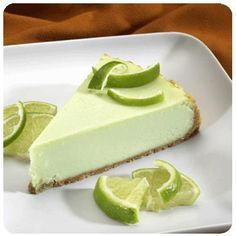 Cheesecake Factory Copycat Key Lime Cheesecake This is a fabulous copycat recipe for The Cheesecake Factory's Key Lime Cheesecake The Cheesecake Factory, Key Lime Pie Cheesecake, How To Make Cheesecake, Cheesecake Recipes, Dessert Recipes, Apple Cheesecake, Strawberry Cheesecake, Food Cakes, Cupcake Cakes