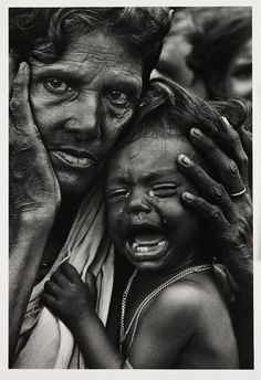 Refugees, Bangladesh, an exhausted mother and child in a refugee camp on the Indian border with East Pakistan, 1971 We Are The World, People Around The World, Foto Picture, Foto Portrait, Afghan Girl, War Photography, Poverty Photography, Emotional Photography, People Photography