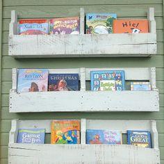 Pallet shelves ( white distressed )