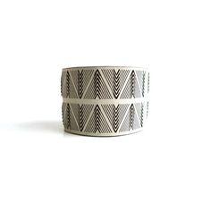 CHEVRON CUFF rannekoru | bracelet