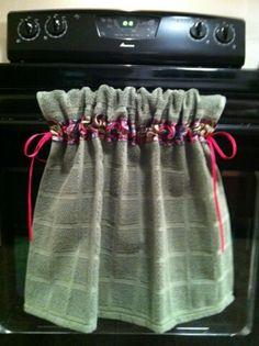 Tear's stay-put kitchen towel   @Tear Mongan