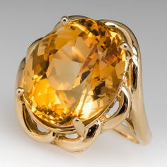 11 carat citrine yellow gold ring