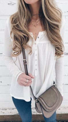spring outfit - white thermal henley and crossbody bag on pinterestingplans connecticut lifestyle blog