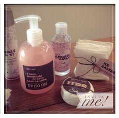 kit de baño.  hola@invita-me.com.ar