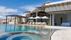 Villa Grey Cape – Mexican retreat perched on a sand dune