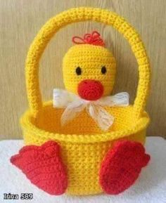 Crochet Duckling Basket Free Pattern ~ These would be so cute to make for the kids Holiday Crochet, Crochet Gifts, Crochet Toys, Easter Crochet Patterns, Amigurumi Patterns, Diy Crochet Easter Basket, Crochet For Kids, Easter Baskets, Easter Crafts