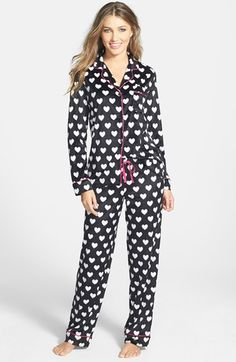 Free shipping and returns on DKNY Long Sleeve Microfleece Pajamas at Nordstrom.com. Get ready for cooler nights with cozy microfleece pajamas featuring a long-sleeve button-front top and easy loose-fitting pants. Pink polka dots and coordinating piping give a girly twist to the menswear-inspired herringbone pattern.