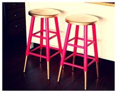 Gold dipped bar stools...Everyone has a bar stool or chair that could use a bit of fabulousness.