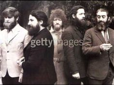 The Dubliners The Foggy Dew Music For You, My Music, Scottish Music, Two Kinds Of People, Irish Culture, Sounds Good To Me, Celtic Music, Irish Pride, Irish Celtic