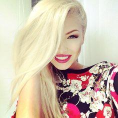 Long straight blonde hair #Makeup (omgosh! i need my blonde back, like now! lol )