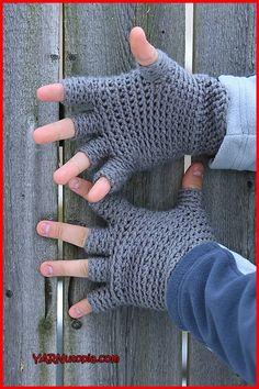 Crochet Tutorial: Freestyle Fingerless Gloves - YARNutopia by Nadia Fuad YARNutopia by Nadia Fuad Crochet Men, Crochet Gifts, Crochet Stitches, Crochet Patterns, Free Crochet, Hat Patterns, Crochet Granny, Crochet Ideas, Stitch Patterns
