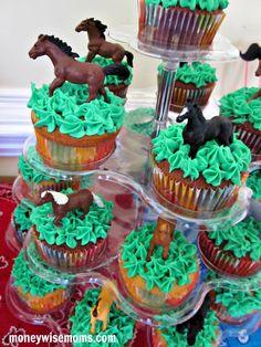 Horse Cupcakes   Western Birthday Party   MoneywiseMoms