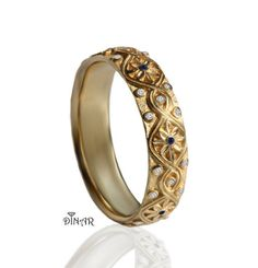 Hey, I found this really awesome Etsy listing at https://www.etsy.com/il-en/listing/463188944/14k-yellow-gold-diamonds-wedding-band
