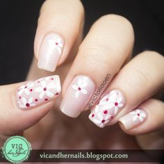 Vic and Her Nails: White Flowers