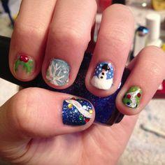 Christmas nail art for short nails.