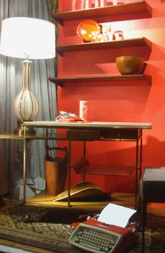 Best Antique Furniture Stores - New York Vintage Shops Antique Furniture Stores, Online Furniture Stores, Shabby Chic Furniture, Cheap Furniture, Vintage Furniture, Colored Glass Vases, Old Tables, Housing Works, Furniture Upholstery