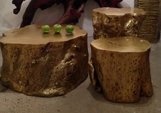 These gold log accent tables by @Phillips Collection are great as a grouping but could also be used individually. They also epitomize the gold trend which remains sizzling hot right now.  IHFC C202 #HPMKT