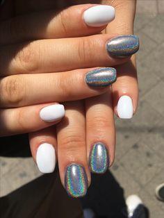 #nails #holo #hungary #nail #beautyfull #emmus