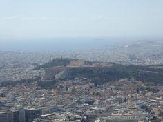 Fotografía: Rebeca Pizarro - Vistas desde Monte Licabetos- Atenas Greece Travel, Paris Skyline, Grand Canyon, Palaces, Vacation, Countries, Cities, Fotografia, Greece Vacation