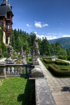 Peles Castle - Located in Sinaia at 44 km from Brasov, Peles Castle is considered by many one of the most beautiful castles in all Europe. Beautiful Castles, Beautiful World, Beautiful Places, Peles Castle, Visit Romania, Bucharest, Beautiful Architecture, Holiday Destinations, Places To See