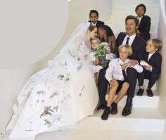 Angelina Jolie und Brad Pitt an ihrem Hochzeitstag
