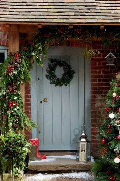 entryway decorating tips                                                                                                                                                                                 More