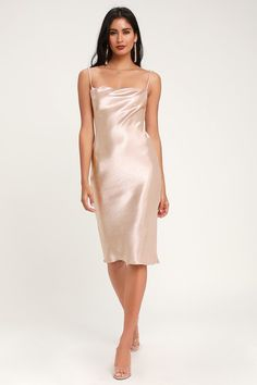 Embrace your boldness in the Lulus Brazen Babe Blush Satin Cowl Neck Midi Slip Dress! Bias-cut satin shapes a slinky midi slip dress with a cowl neckline. Wedding Guest Dresses Uk, Wedding Dress Styles, Blush Dresses, Satin Dresses, Gowns, Satin Midi Dress, Sequin Mini Dress, Copper Dress, Midi Cocktail Dress