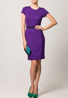 Glorious color. Etuikleid - violet