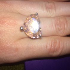 Pink heart guess ring Sterling silver size 7. Worn once. Looks brand new, no signs of wear. Guess Jewelry Rings