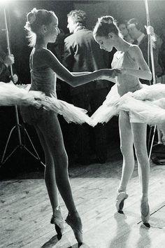 """写真集『リトル・ダンサー 夢見る女の子』ガーリーでロマンティックな""""小さな""""バレエの世界 http://www.fashion-press.net/news/15134"""