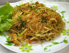 Wok de verduras salteadas con fideos de arroz en HazteVegetariano.com