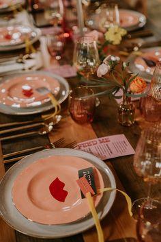 LAS VEGAS INSPIRED WEDDING IDEAS | Bespoke-Bride: Wedding Blog Mini Wedding Dresses, Wedding Set Up, Wedding Weekend, Red Wedding, Plan Your Wedding, Chic Wedding, Wedding Blog, Wedding Colors, Wedding Ideas