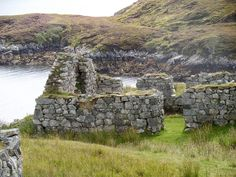 Highland Clearances, remains of a crofter's cottage in the former village of Steimreway, Lewis, Isle of Lewis and Harris, Outer Hebrides, Scotland