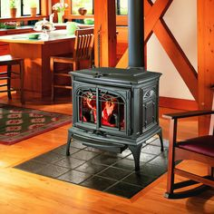Which Is Better : Wood Stove vs Pellet Stove : Lopi Leyden Design Wood Stove Ideas Cabin Fireplace, Stove Fireplace, Fireplace Ideas, Gas Fireplaces, Best Pellet Stove, Gas Stove, Wood Stove Hearth, Freestanding Fireplace, Hearth And Home