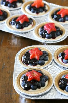 No Bake Blueberry Cheesecake  WITH THIS RECIPE YOU CAN MAKE 1 9 INCH CHEESECAKE OR 12 SMALL MUFFIN TIN ONES. YOU WILL LOVE THIS EASY BUT DELICIOUS RECIPE ANYTIME OF THE YEAR. YOU CAN CHANGE THE BERRIES AND JAM TO MAKE IT YOUR OWN. TRY THIS AND SEE HOW EASY IT REALLY IS...ENJOY
