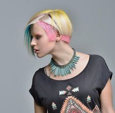 photo: Enisey hairstyle: Mirasov Rustam model: Ekaterina Nikulina for ColorZoom Goldwell — with Ekaterina Nikulina and Mirasov Rustam. Creative Hair Color, Cool Hair Color, Creative Hairstyles, Funky Hairstyles, Corte Y Color, Extreme Hair, Fantasy Hair, Hair Shows, Pastel Hair