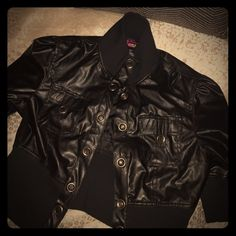 Black Jacket Cute little black jacket good for spring and fall weather. It has snaps that go all the way down the coat. Makes it easier to open and close the jacket. With quarter sleeves. In great condition! Jackets & Coats