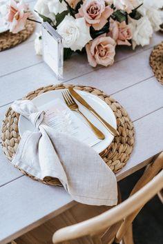 Bali Wedding, Our Wedding, Dream Wedding, Tepee Wedding, Table Setting Inspiration, Wedding Inspiration, Deco Champetre, Wedding Table Decorations, Table Arrangements