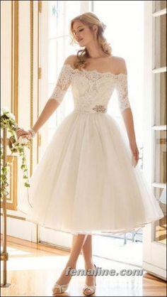Super cute vintage wedding dress! This 3/4 Sleeves Wedding Dress ...