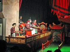 traditional musics  water puppet show and dinner on cruise