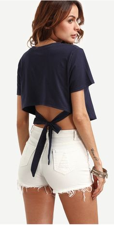 Navy Self Tie High Low Crop T-shirt From: http://www.romwe.com/Navy-Self-Tie-High-Low-Crop-T-shirt-p-172299-cat-669.html